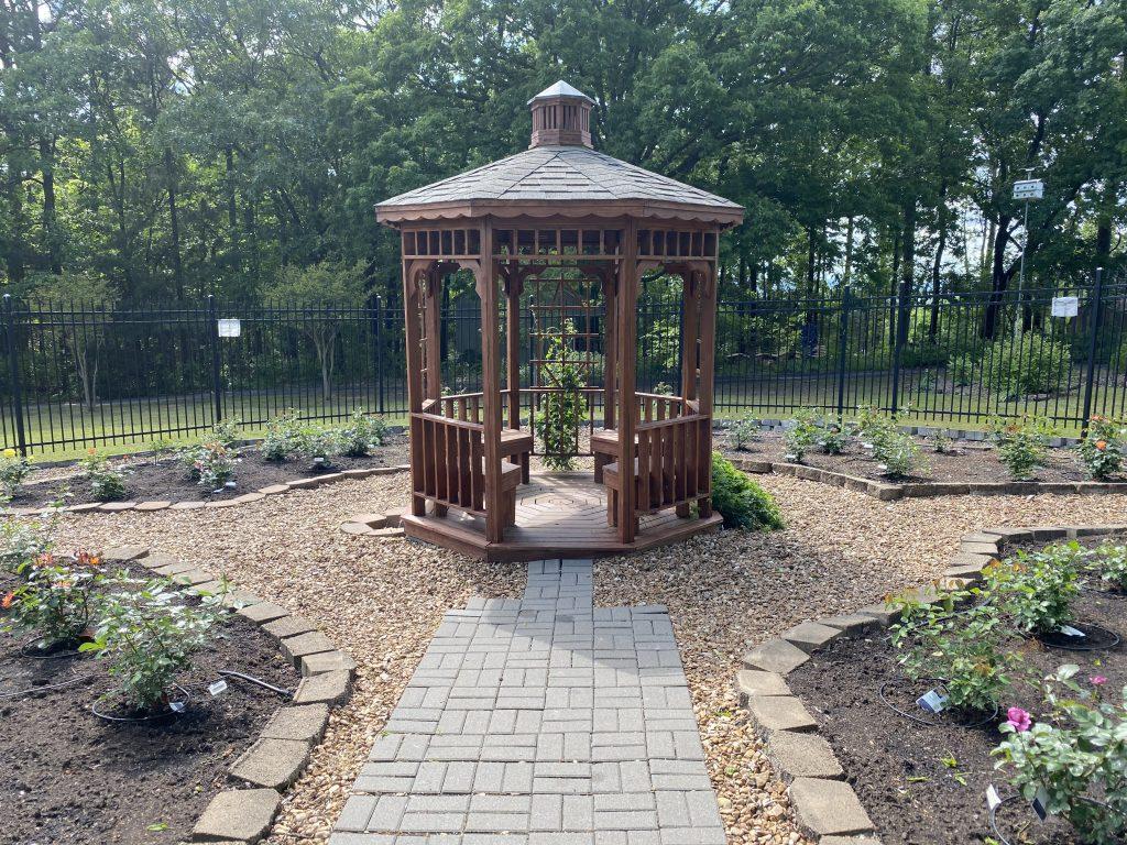 Botanical Garden Ed Leamon Park